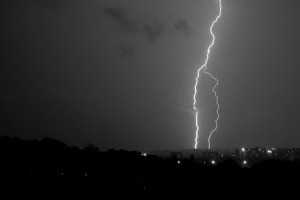 Thunderstorms over Alexandria, VA by mehul.antani (cc) (from Flickr)