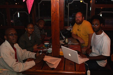 Hanging out with Kenya Techies by whiteafrican (cc) (from Flickr)